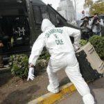 Detienen a tres personas presuntamente vinculadas a ataques con bombas en capital chilena