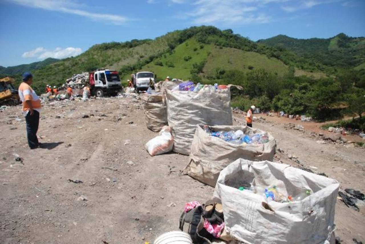 Si es relleno es cerrado, la única alternativa que tienen las municipalidades es llevar los desechos hasta un Usulután.