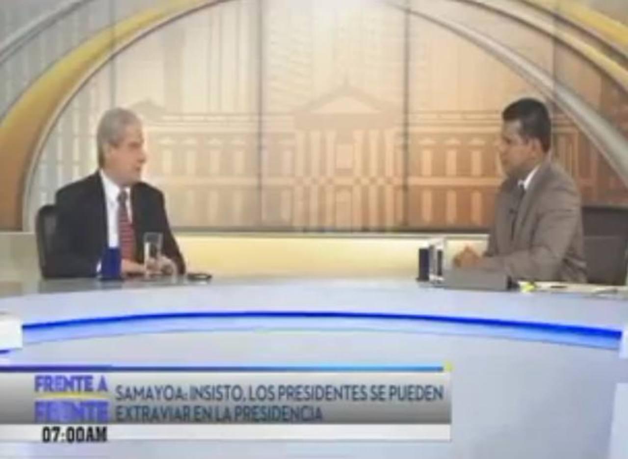 Salvador Samayoa durante la entrevista que concedió ayer al programa Frente a Frente.