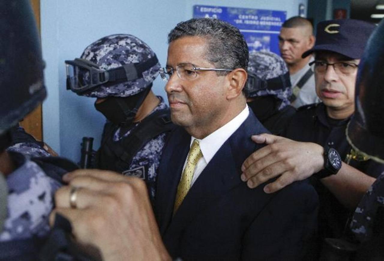 El expresidente Francisco Flores se presentó voluntariamente el 5 de septiembre al Juzgado Primero de Instrucción. Foto EDH