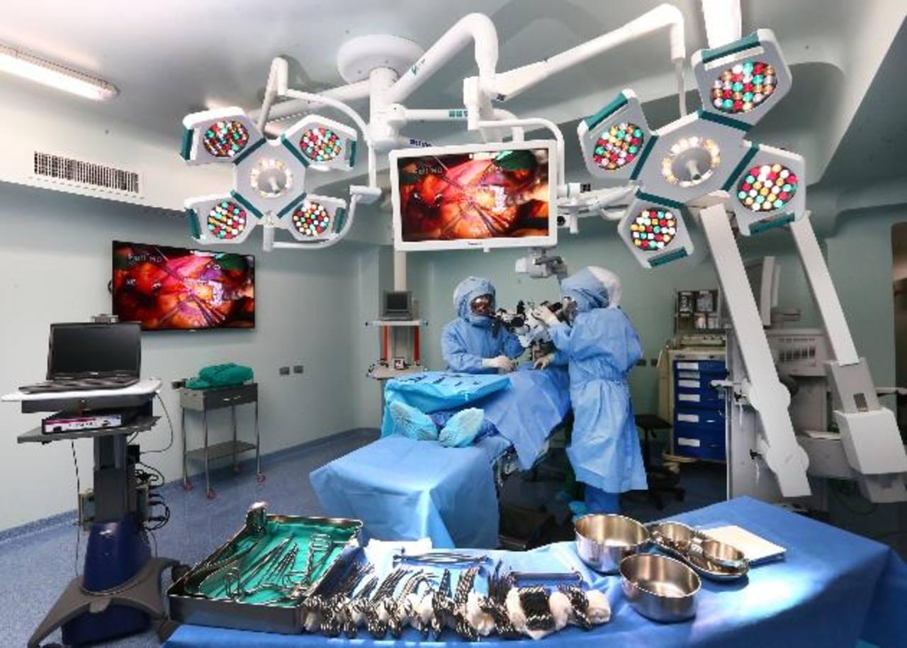 Los modernos aparatos brindarán muchas facilidades a los médicos durante las operaciones. Foto EDH / Cortesía