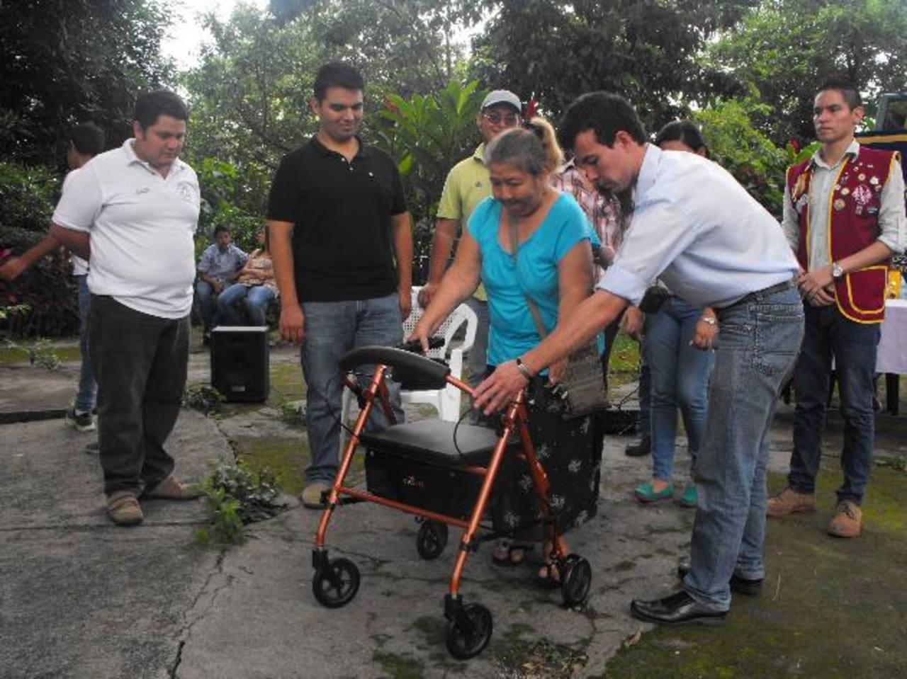 El Club de Leones siempre busca beneficiar a cientos de familias de todo el país. foto edh