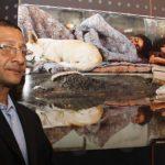 World Vision entrega premio a salvadoreño por ganar concurso de fotografía