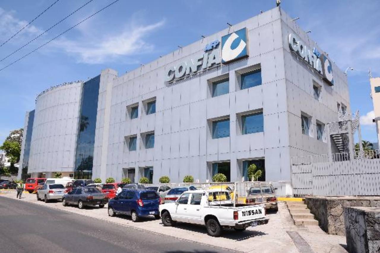 Consulte las marcas aliadas en www.confia.com.sv. Foto EDH