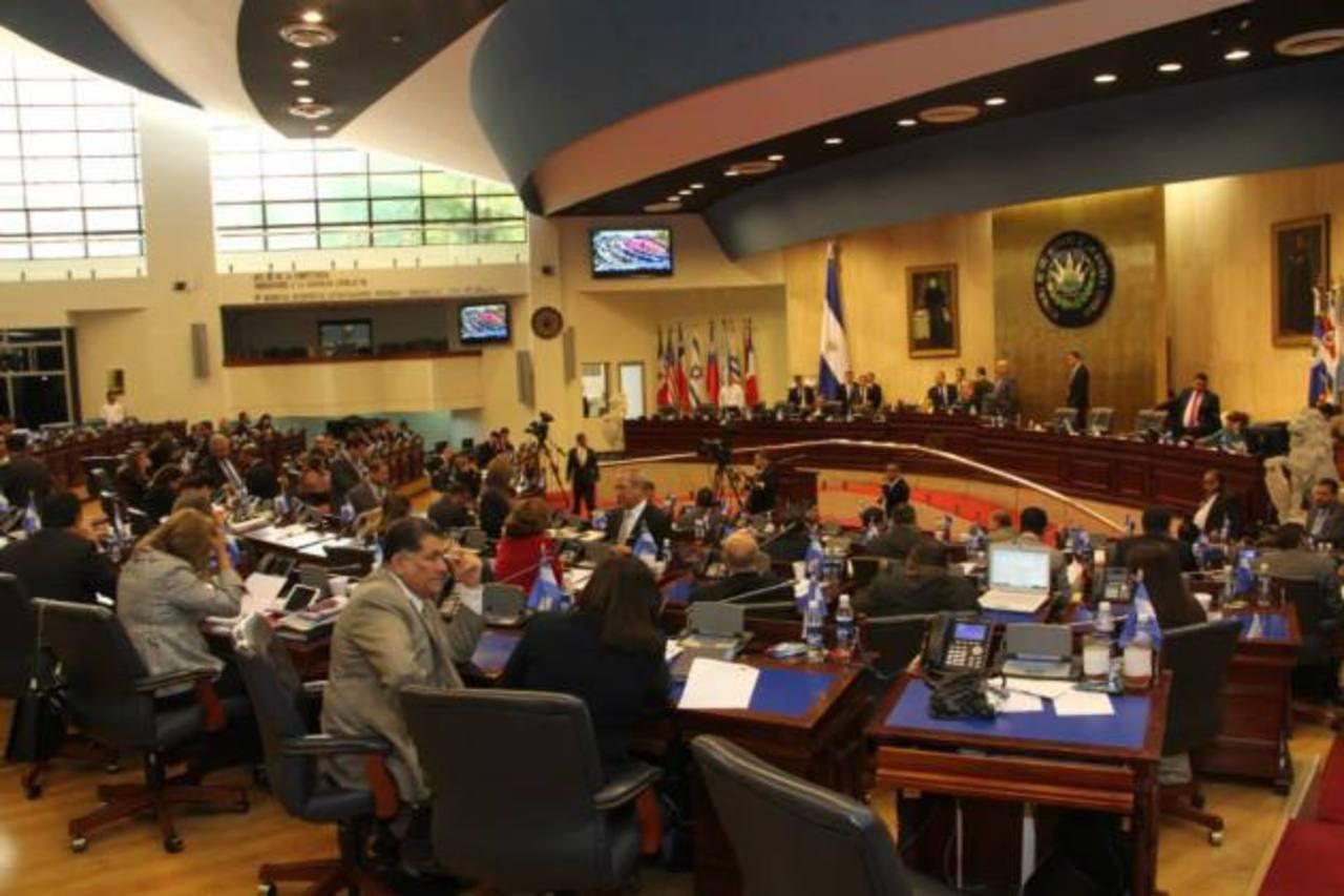 Diputados aprueban incorporar $12 millones a elecciones de 2015