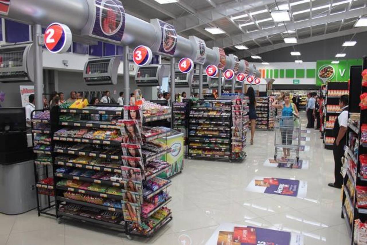 Guatemala destaca por niveles manejables de inflación.