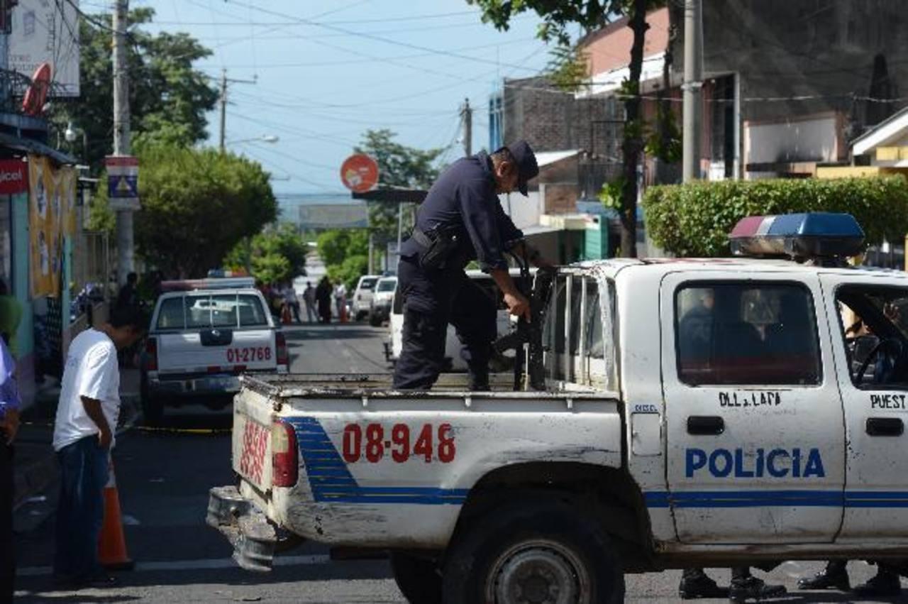 En la Subdelegación de Zacatecoluca fue asesinado un reo con una cuerda. Foto EDH / Douglas Urquilla.