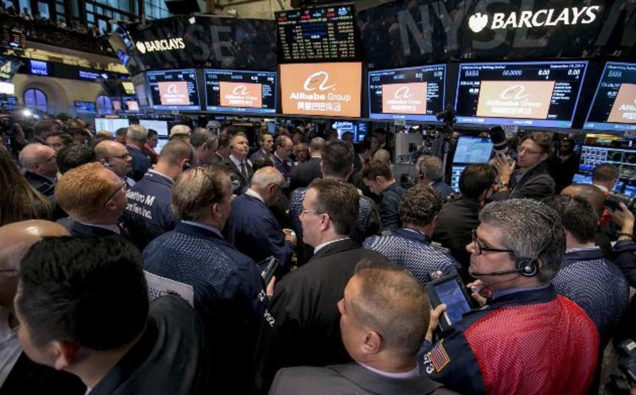 El debut de Alibaba en el piso de transacciones fue una locura.