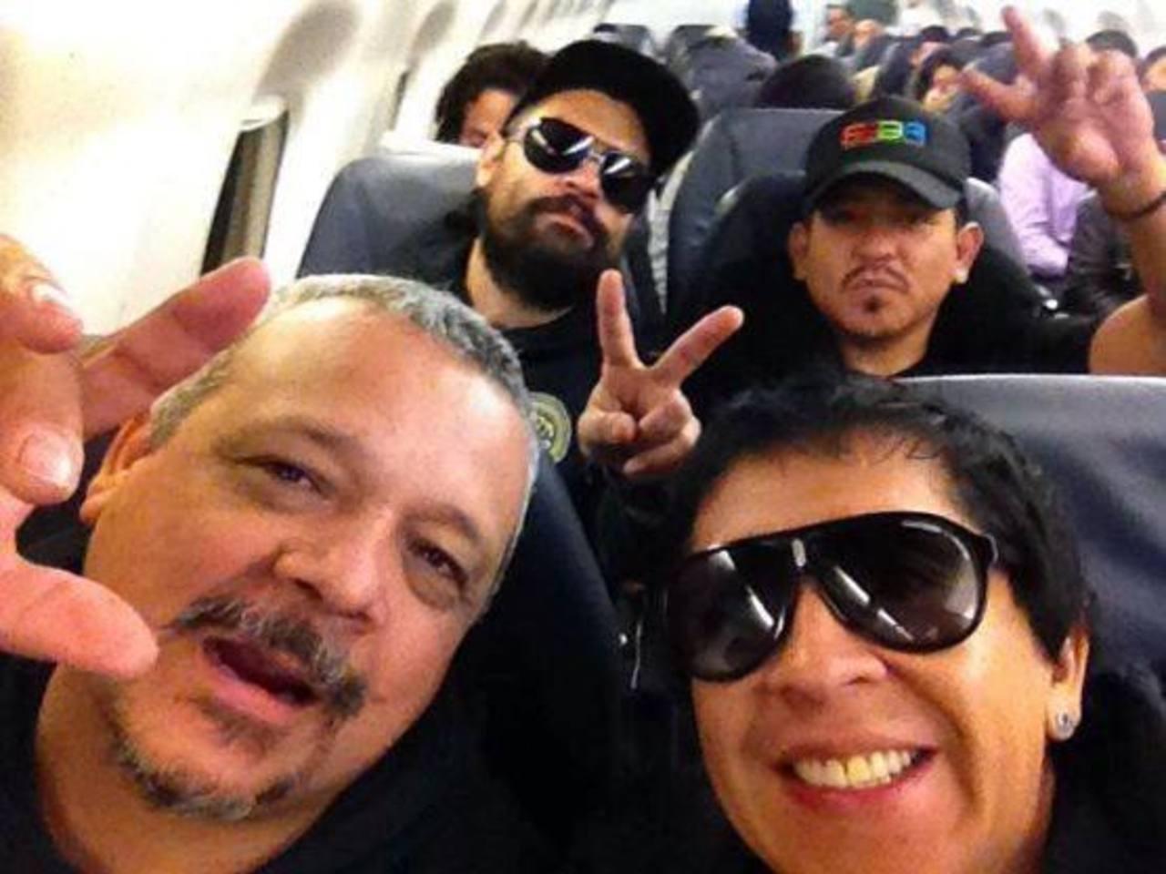 Salvareggae Web publicó en su Facebook algunas fotos del arribo del grupo al país.