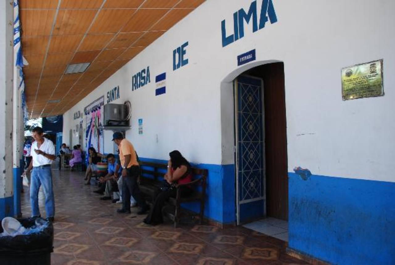 Los servicios en la comuna no se vieron interrumpidos por el cierre, explicaron los involucrados. foto edh /lucinda quintanilla