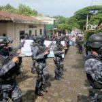 Lolotique realizó desfile con custodia policial