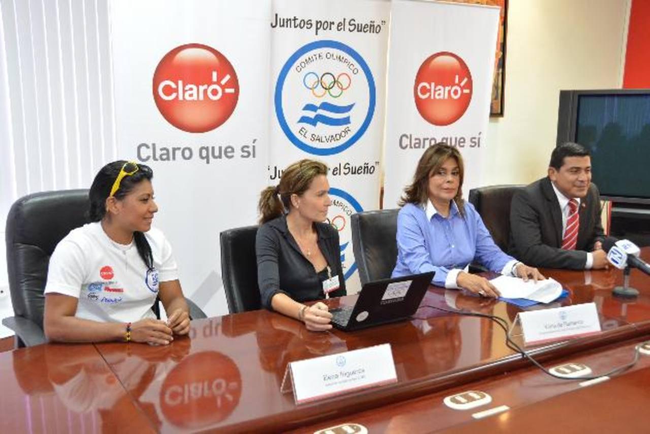 Representantes presentaron al equipo que participará en el Festival Deportivo. Foto EDH / David Rezzio