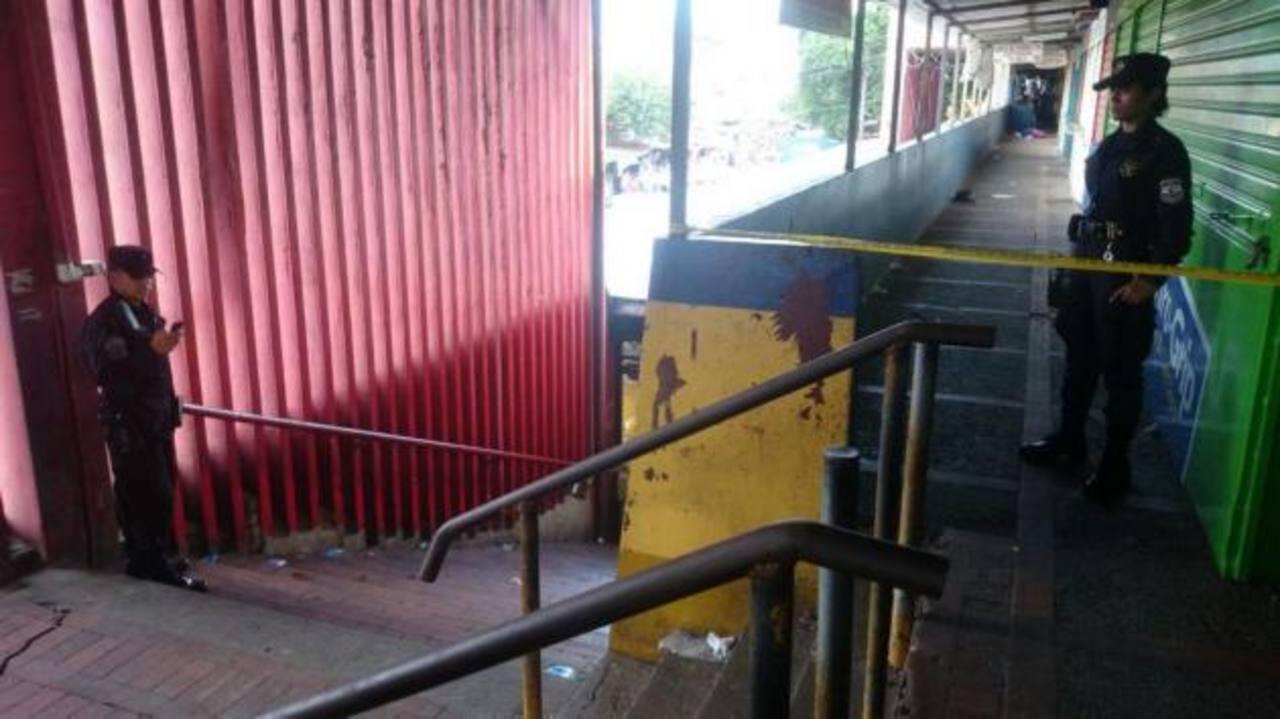 Las víctimas murieron en el edificio 4 del Mercado Central