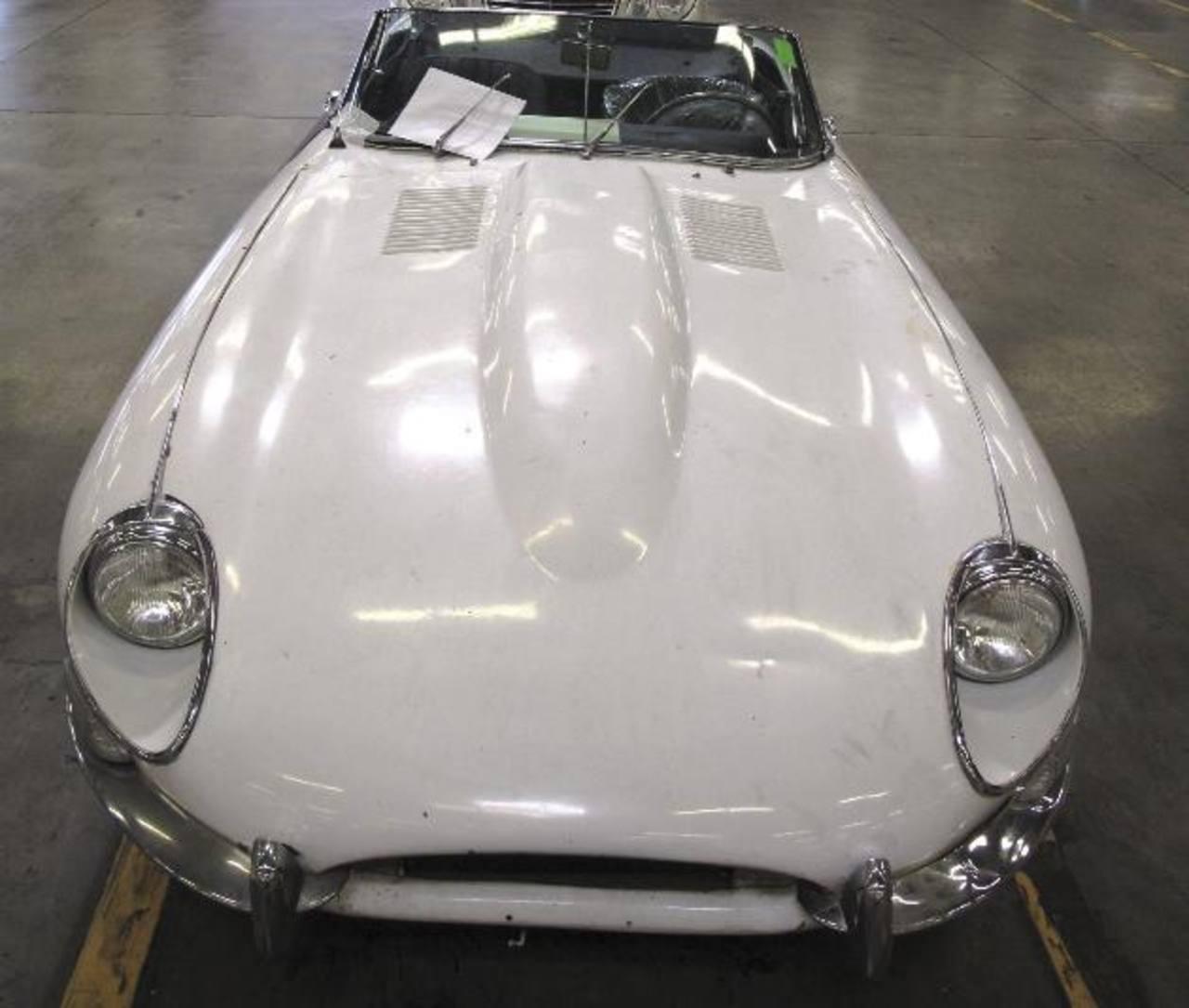 El Jaguar recuperado por la Aduana y Protección Fronteriza de Los Ángeles.
