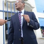El economista Rafael Lemus presentó ayer el aviso a la sede fiscal.