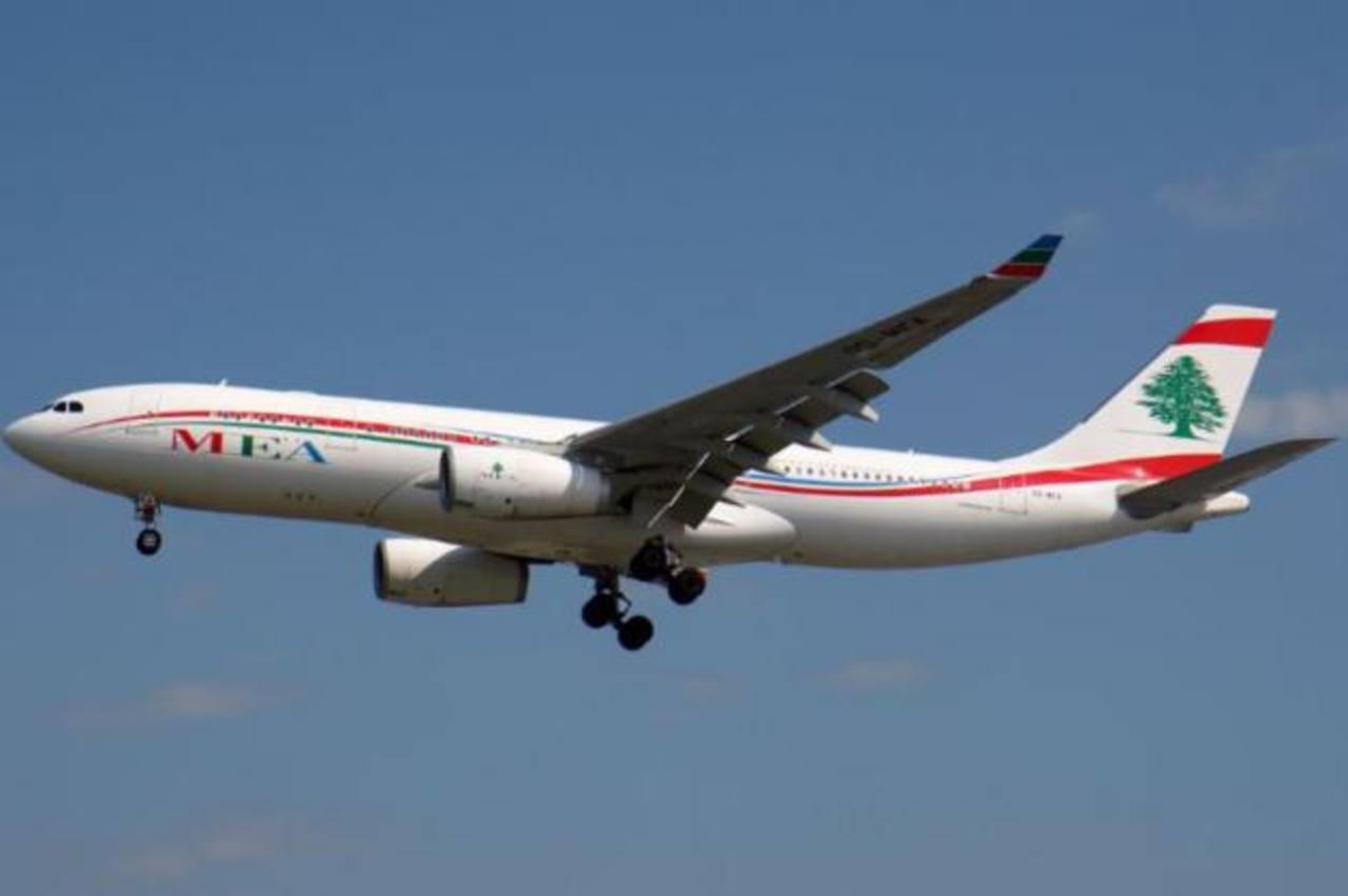 Avión comercial aterriza de emergencia en Roma por alerta de bomba