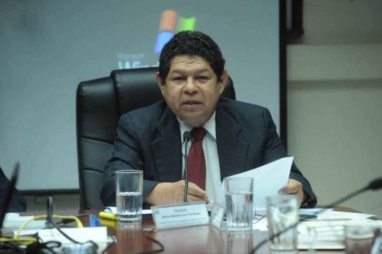Benito Lara dio estas declaraciones en el programa Frente a Frente de TCS.
