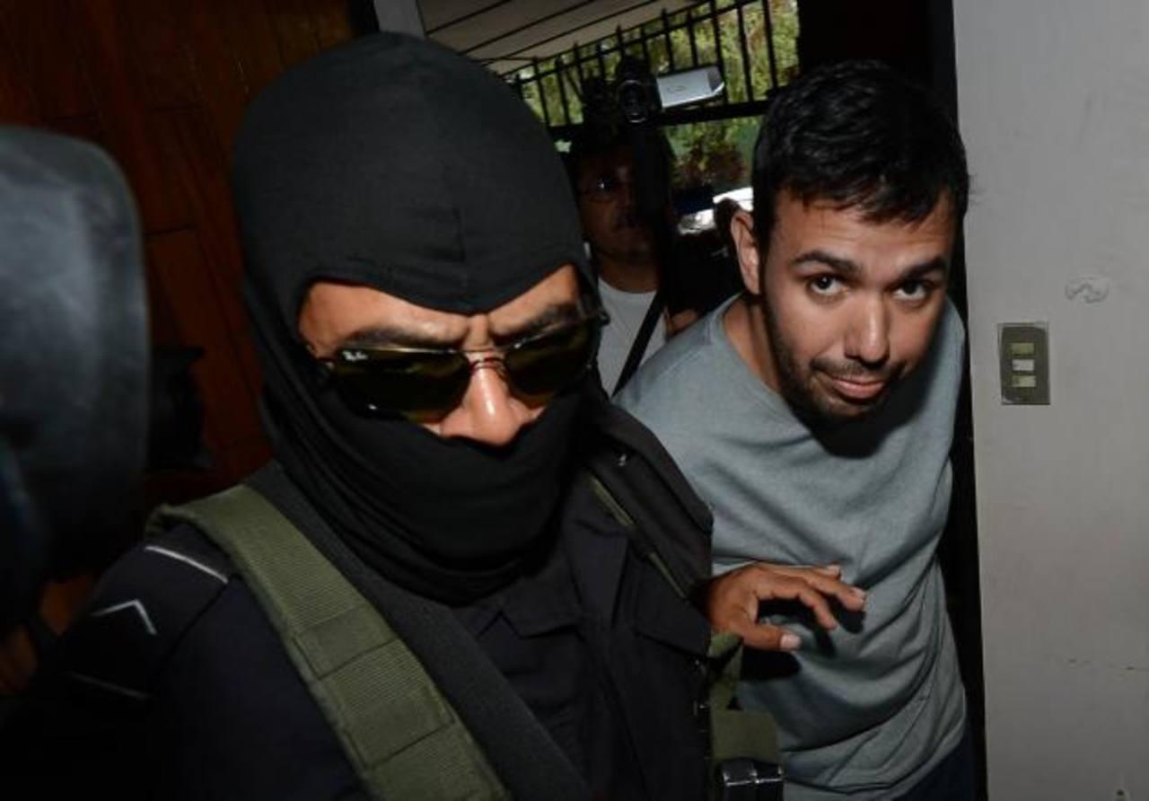 Policías de élite trasladaron a Rodrigo Chávez Palacios al Juzgado de Paz de Antiguo Cuscatlán. Foto EDH / Mauricio Cáceres.