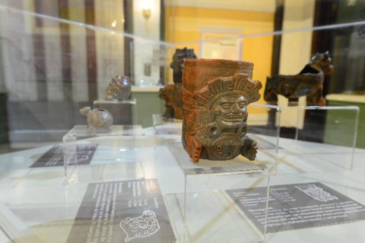 """La muestra """"Tecnologías perdidas: la cerámica plomiza"""" fue inaugurada ayer. Foto EDH / Ericka Chávez"""