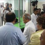 Sánchez Cerén inaugura Farmacia Especializada
