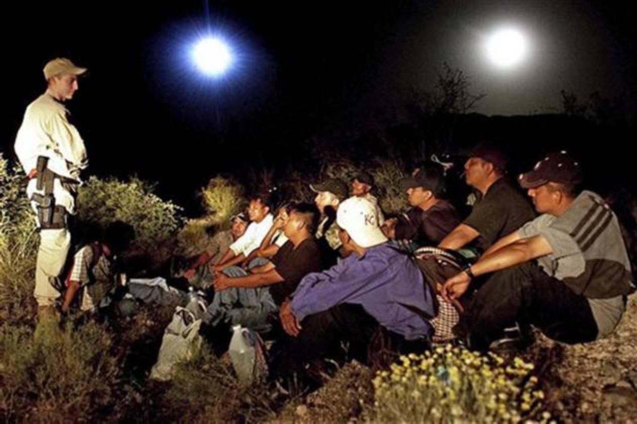 Decepción por aplazamiento de medidas sobre inmigración