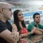 Pacún López, Cristina Meléndez y Darío Mayén, parte del reparto, con su premio en EDH. Fotos EDH / Leonardo González