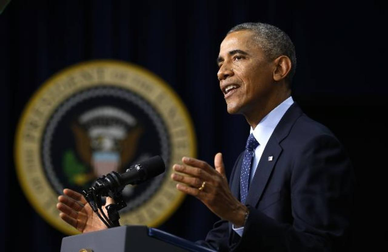 """Obama defiende que EE.UU. """"está liderando al mundo"""" en las crisis actuales"""
