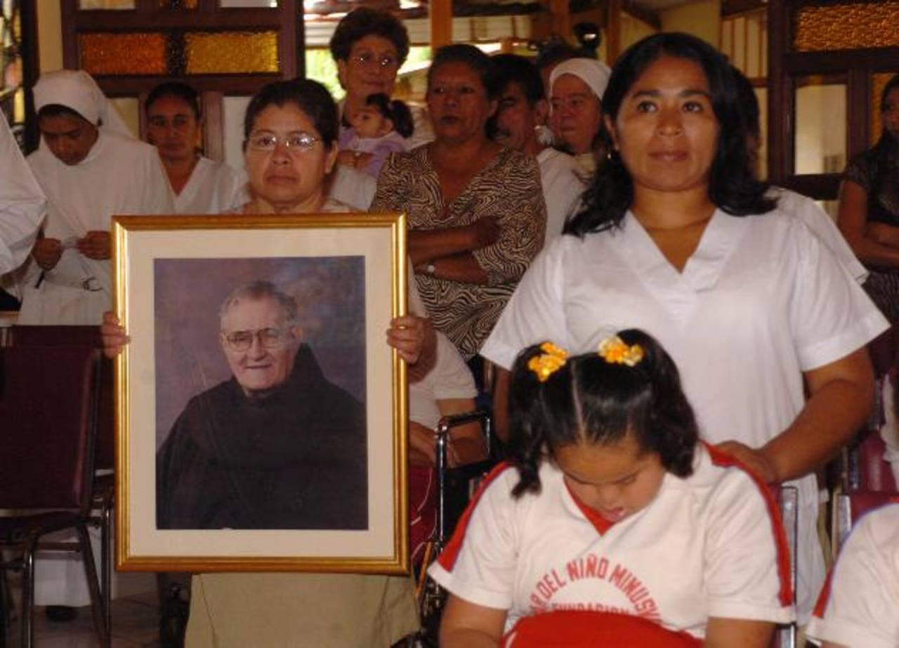 La Asociación quiere agradecer al Creador la apertura del Santuario, el cual acogerá a los niños del Hogar y al público en general. Foto EDH / ARCHIVO.