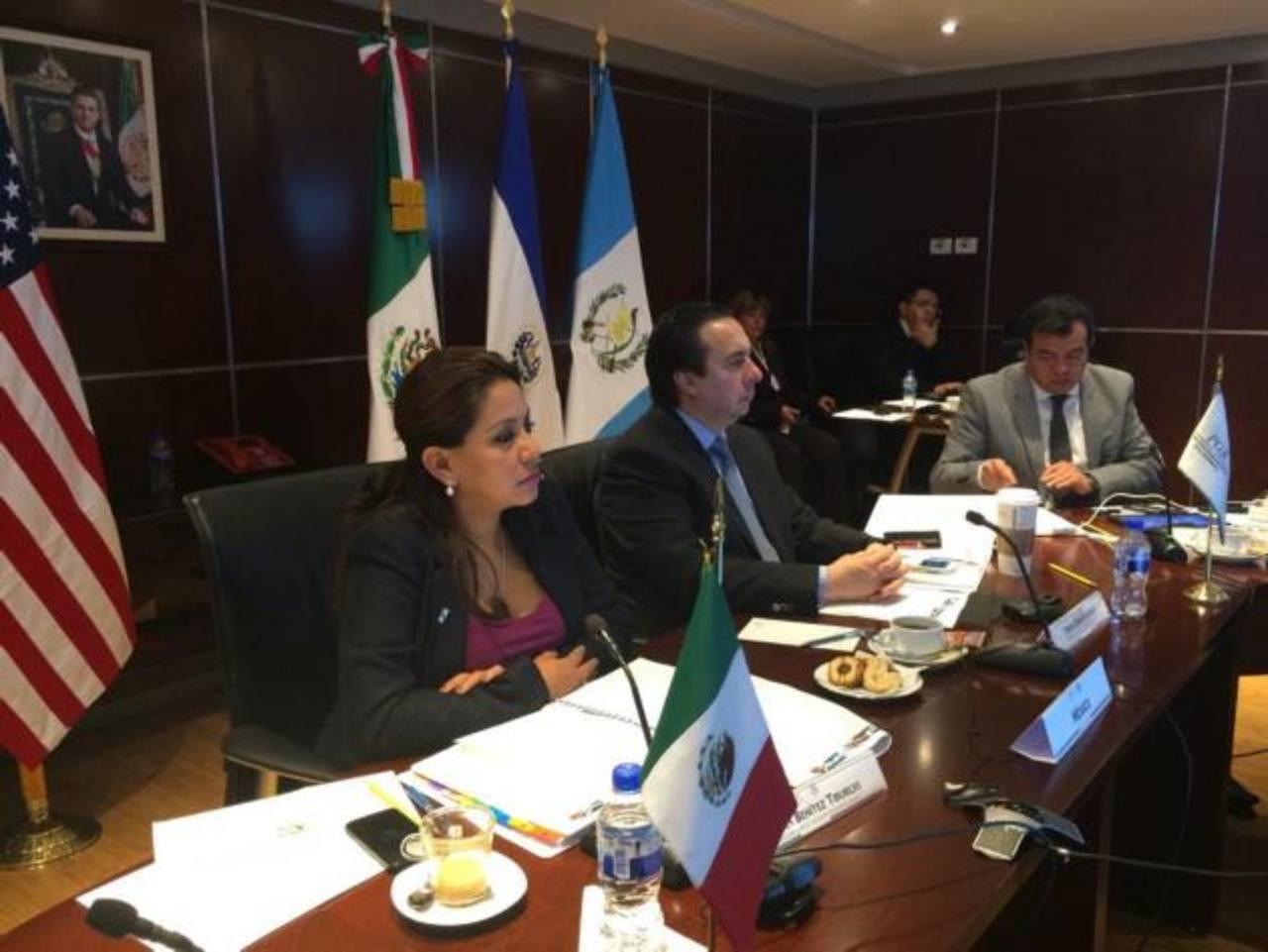 Reunión de autoridades fiscales de EE.UU., México, Guatemala, El Salvador y Honduras para abordar tema de menores no acompañados.