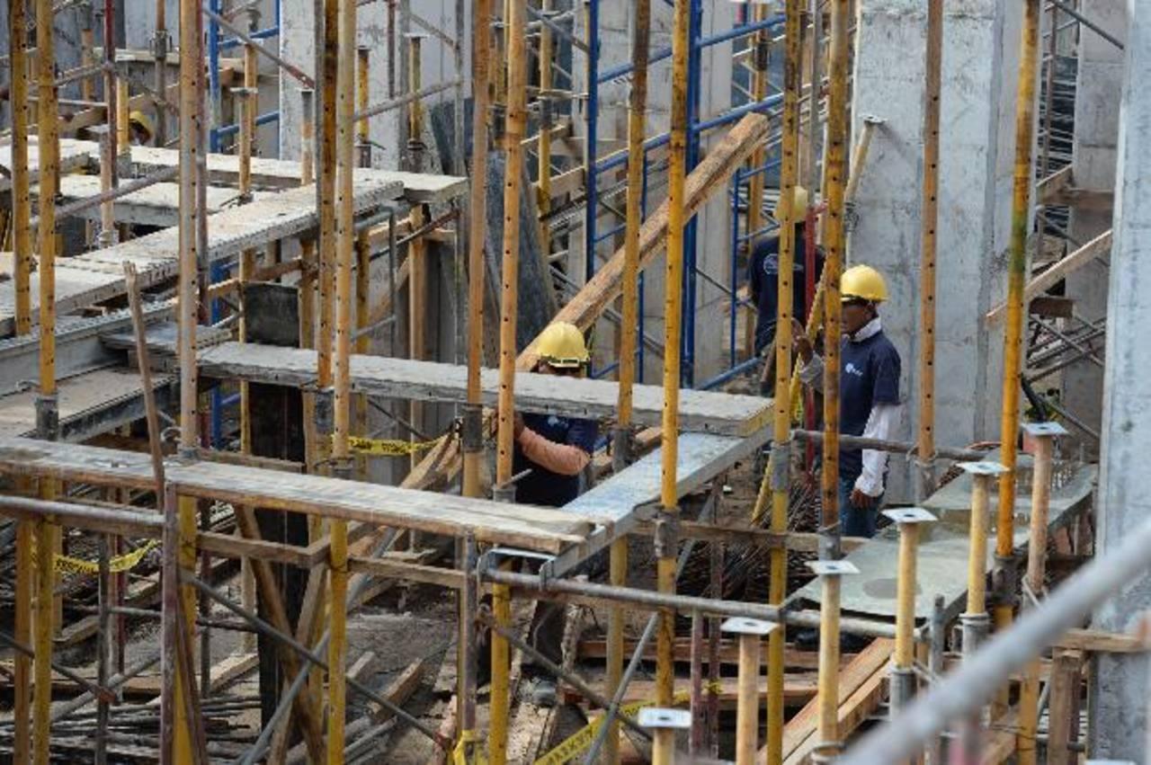 La Federación aglutina al sindicato de la construcción, un sector fuertemente golpeado en los últimos años. foto edh / ARCHIVO