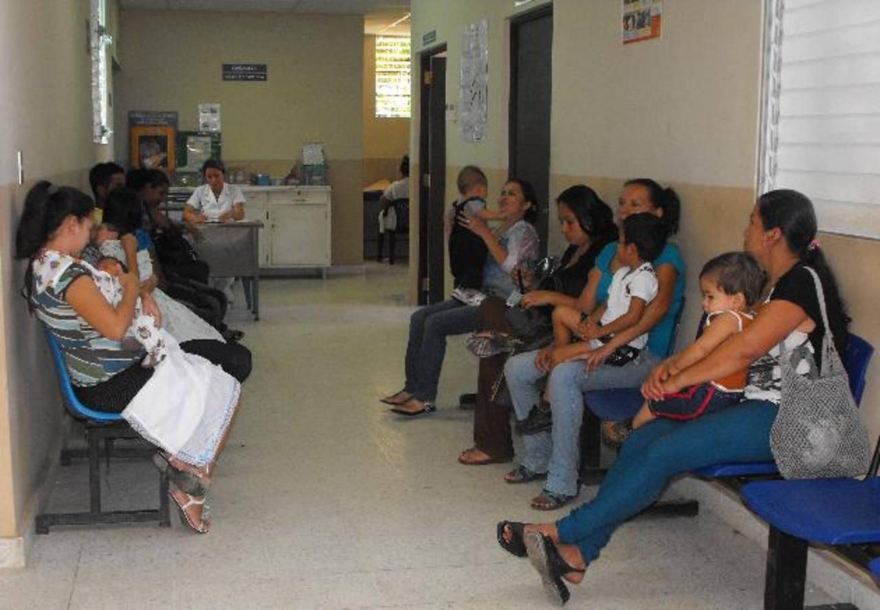 Los pacientes esperan, también, recibir un servicio y atención de calidad de parte del personal.