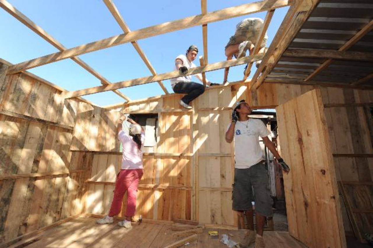 Techo construye viviendas en los 19 países de la región en los que tiene presencia.