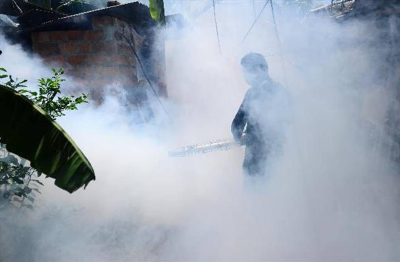 Modifican plan tras rápida propagación del chikunguña y aumento de muertos por dengue