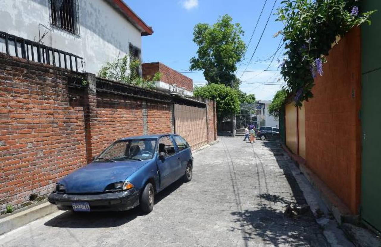Sector de la colonia Miramonte, en San Salvador, donde ayer se dio un intento de robo. Foto EDH / Douglas Urquilla.
