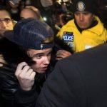 Autoridades canadienses retiran a Justin Bieber cargos por agresión