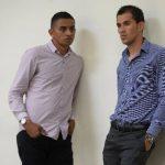 """Ramón Sánchez (derecha) dice que """"pecó de inocente""""."""