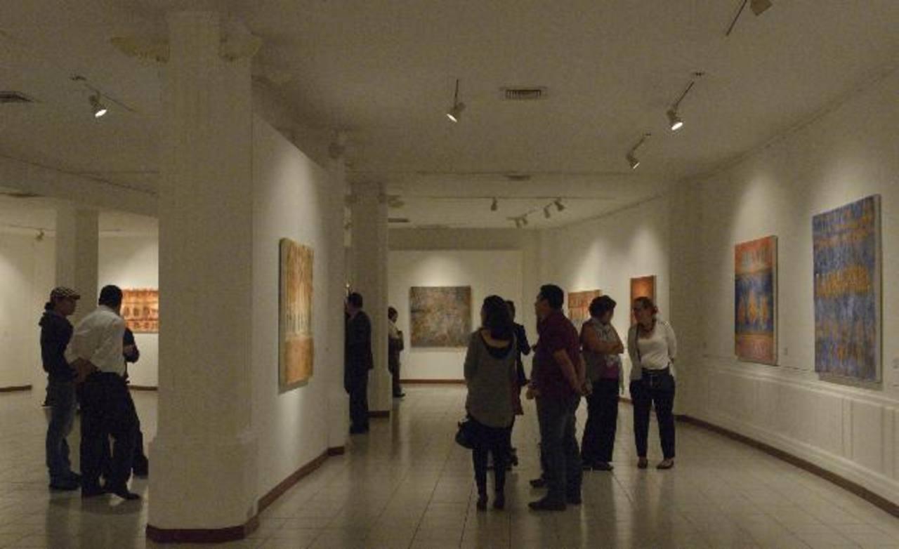 El público podrá apreciar 20 obras del artista mexicano. La exposición estará abierta hasta el 17 de octubre. Fotos EDH/ René Estrada