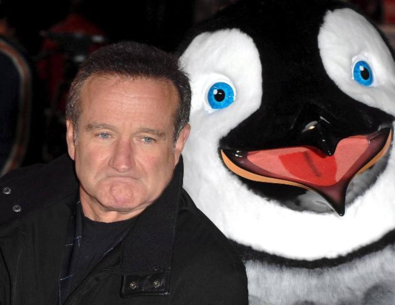 El actor Robin Williams se suicidó el mes pasado. El suicidio está relacionado con la depresión, problemas mentales o sobrevivientes de violencia, guerras, etc.