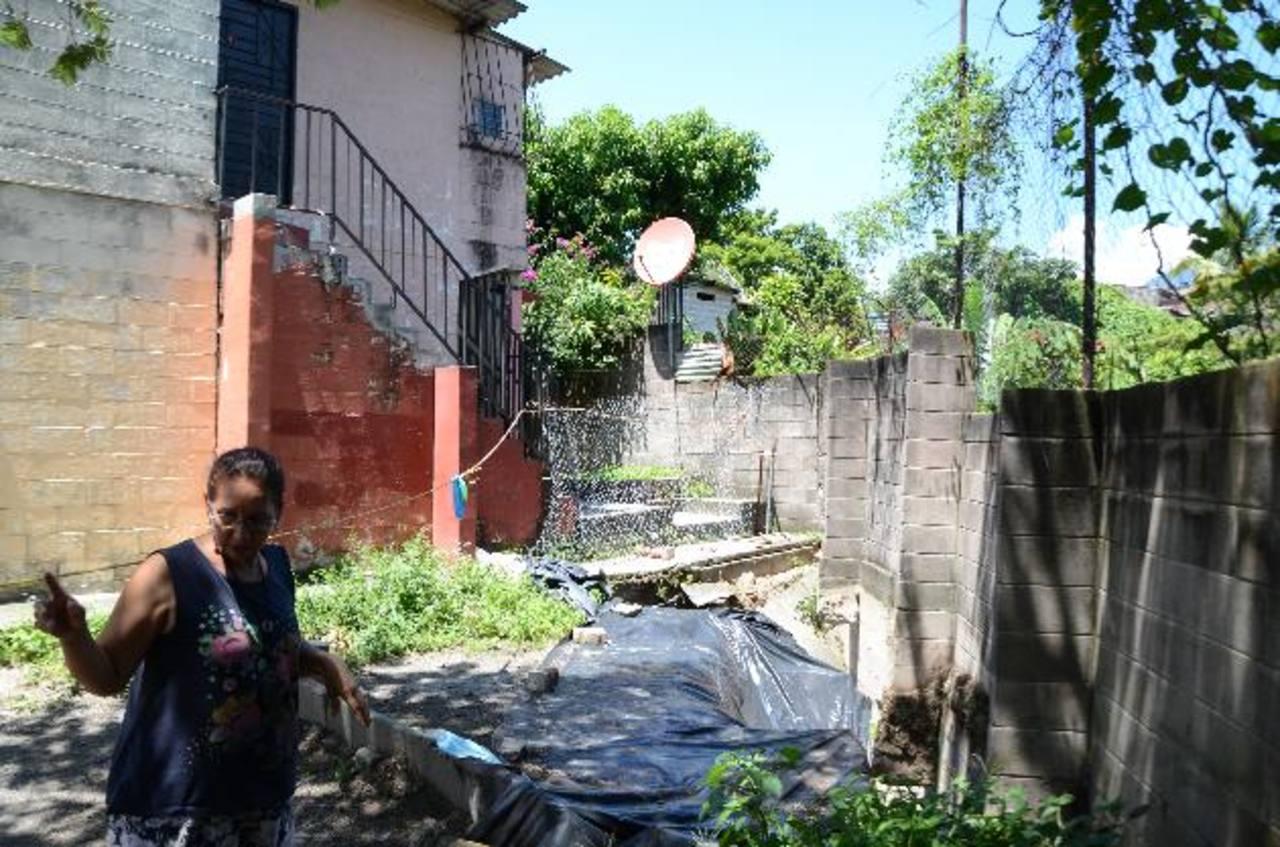 Dos apartamentos que se localizan al final del pasaje uno han sido desalojados por los residentes. fotos edh / leonardo gonzález