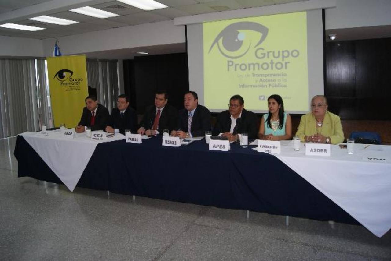 Los miembros del Grupo Promotor también coincidieron en la necesidad de una mayor difusión de los derechos ciudadanos relacionados con el acceso a la información . foto edh / cortesía.