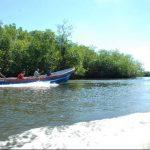 Aunque El Salvador tiene más de 300 kms de playa, la mayoría de personas de la zona vive en situación de pobreza. EDH / Archivo
