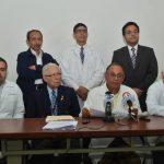 Los sindicatos de médicos del Rosales y del Zacamil advierten sobre posible paro de labores. foto edh / René Quintilla