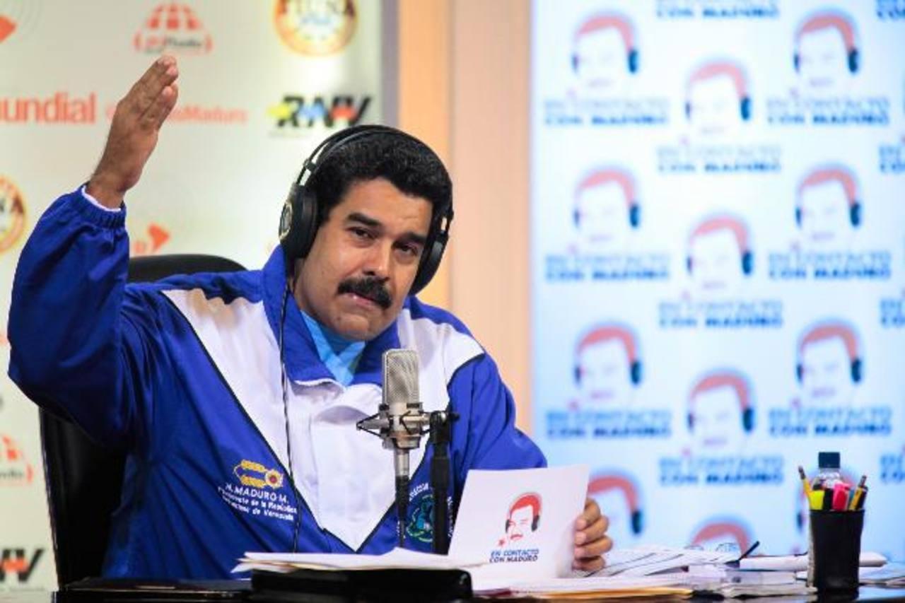 Maduro quiere acallar las voces críticas a su gestión mediante el control de los medios de comunicación. foto edh / archivo