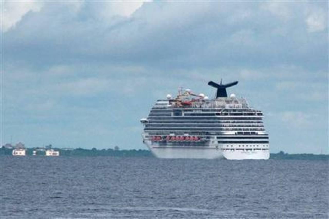 Honduras abre temporada de cruceros