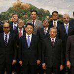 Veintiún ministros de Finanzas de la región, entre ellos los de China, India, Malasia y Tailandia, firmaron en la capital pequinesa el acuerdo que da comienzo formal al AIIB.