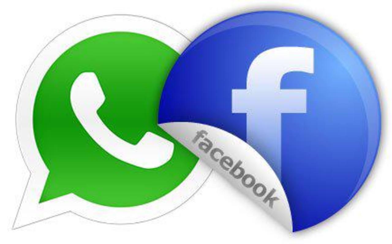 """Facebook y WhatsApp permiten a los usuarios de """"smartphones"""" que instalan sus aplicaciones comunicarse mediante el envío de mensajes de texto, foto, voz y vídeo."""