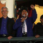 El gobernante boliviano, Evo Morales (c), acompañado de su vicepresidente, Álvaro García Linera (i), y su ministro de Relaciones Exteriores, David Choquehuanca (d). foto edh / efe