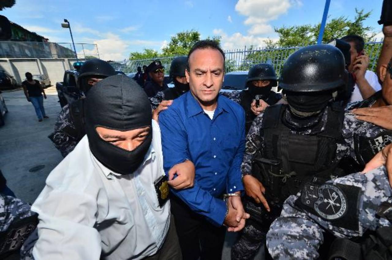 El diputado suplente Wílver Rivera se presentó el 22 de septiembre a la audiencia inicial, luego de la cual, fue enviado a prisión preventiva . foto EDH / Archivo.