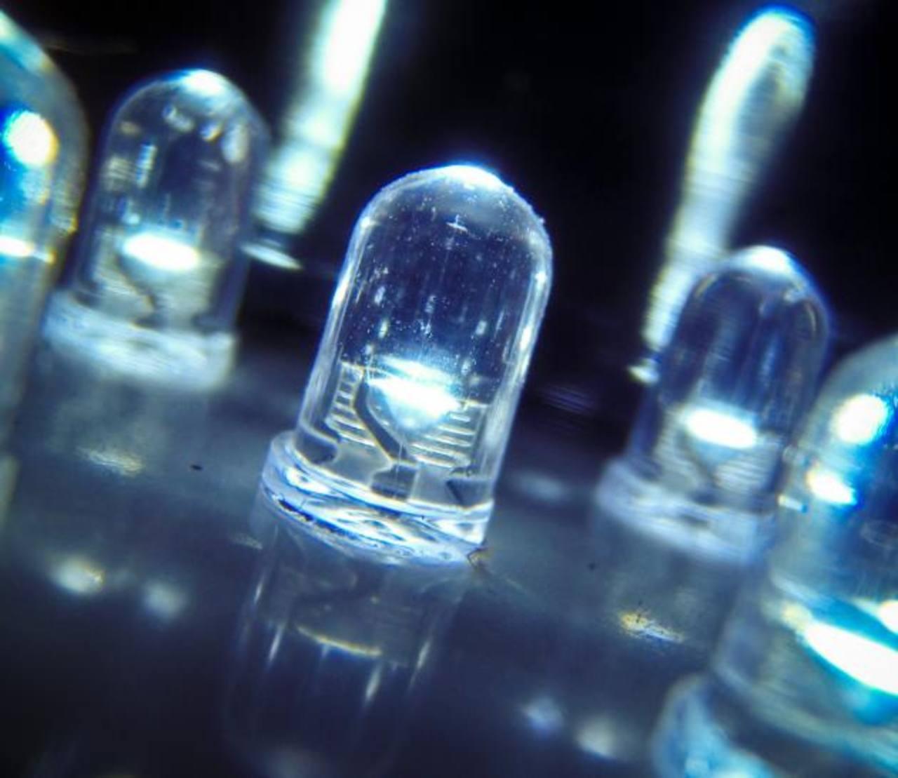 Por inventar la luz LED reciben el Premio Nobel de Física