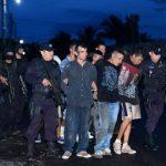 Sujetos detenidos por haber asesinado al agente Omar Navas Torres, el miércoles pasado, en Aguilares.
